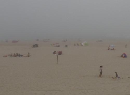 Praia da Tocha: Standurlaub geht auch mit Nebel.