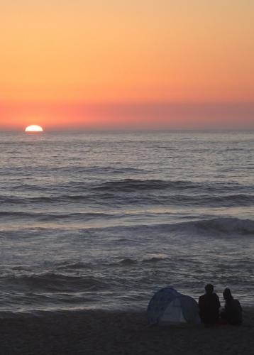 Sonnenuntergang am Strand von Costa Nova