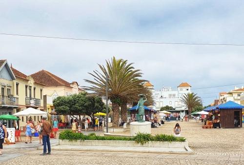 Hauptplatz von Torreira