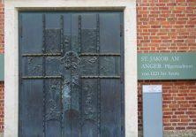Start an der Kirche St. Jakob am Anger