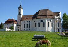 Die Wieskirche auf der Wiese