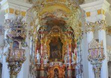 Der prachtvolle Hochaltar der Wieskirche