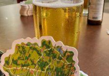 Hier gibt es sogar Allgäu-Bierdeckel.