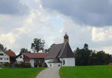 Blick auf die Kapelle von Bergers